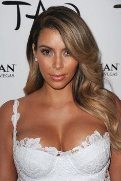 Kim Kardashian - blonde highlights / ombre