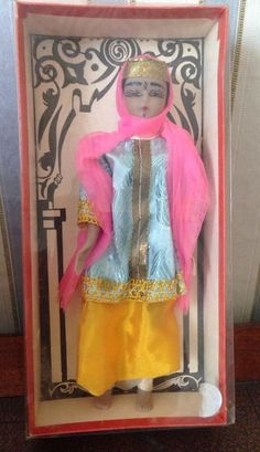 A VINTAGE SOUVENIR DOLL FROM MARRAKESH FROM THE LATE 60S APPROX 7 INCH BEAUTIFUL CONDITION IN ORIGINAL BOX 0.99+3.2 listed