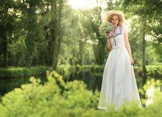 Kollektionen | Mothwurf Austrian Couture  FS 2016
