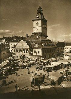 Turism Romania, Bucharest Romania, Little Paris, Classic Photography, Medieval Town, Land Art, Vintage Photographs, Old Photos, Amen