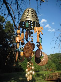 Bohemian garden trinket windchime but it needs bells - boho and bells just go together