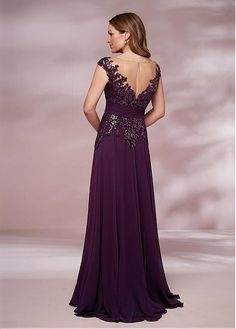 Jasmine Bridal is home to 8 separate designer wedding labels as well as two of our own line. Jasmine is the go to choice for wedding and special event dresses. Mob Dresses, Event Dresses, Bridesmaid Dresses, Formal Dresses, Wedding Dresses, Jasmine Bridal, Mother Of The Bride Dresses Long, Chiffon Skirt, Groom Dress