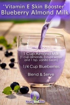 Health: Vitamin E skin boosting blueberry almond milk smoothie recipe. Healthy Juice Recipes, Healthy Juices, Healthy Smoothies, Healthy Drinks, Healthy Skin, Healthy Life, Milk Smoothies, Healthy Food, Healthy Eating