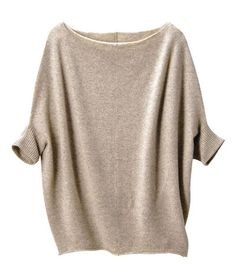 cashmere slouch - from uniqlo. looks so comfy!