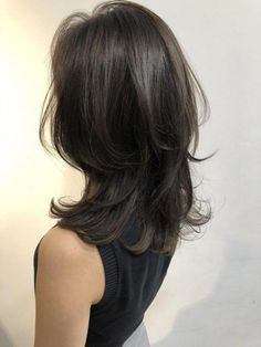Pin on medium Long hair Medium Long Hair, Medium Hair Cuts, Medium Hair Styles, Curly Hair Styles, Hair Color And Cut, Cut My Hair, Mullet Hairstyle, Long Face Hairstyles, Pretty Hairstyles