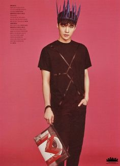 Lay exo MCM limited edition - The Celebrity Yixing Exo, Exo Chanyeol, Kyungsoo, Lay Exo, Exo Ot12, Kpop Exo, Park Bo Young, K Pop Boy Band, Boy Bands