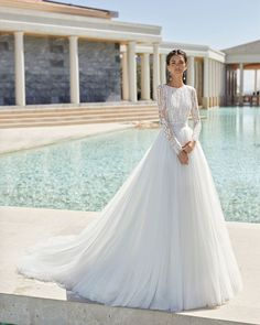 www.es wedding dresses rosa clara Rosa Clará Wedding Dresses from the Stunning 2020 Couture Collection - MODwedding Rosa Clara Wedding Dresses, Top Wedding Dresses, Tulle Wedding, Bridal Dresses, Bridesmaid Dresses, Gown Wedding, Long Sleeved Wedding Dresses, Elegant Wedding, Bridal Reflections