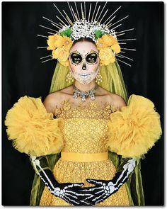 Sugar Skull Kostüm, Sugar Skull Makeup, Halloween 2020, Halloween Make Up, Halloween Party, Couple Halloween, Vintage Halloween, Diy Costumes, Halloween Costumes