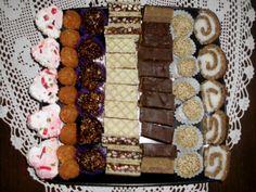 Ukoliko nemate ideju koje posne kolače da pripremite, evo ja vam predlažem da odaberete neke od ovih... !Prvo s' leve strane su: bananice 250 gr šeće...