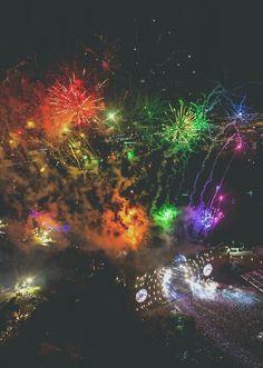 Ultra Music Festival 2014 closing set with Hardwell. #Edm #UMF #MMW
