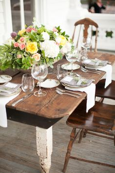 vintage table decor