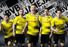 Borussia Dortmund have unveiled their new kit for next season, modelled by (left to right) Christian Pulisic, Marcel Schmelzer, Marco Reus, Julian Weigl and Marc Bartra Soccer Pro, Top Soccer, Soccer Tips, Soccer Games, Soccer Goalie, Julian Weigl, Marc Bartra, Christian Pulisic, Football Outfits