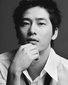 Kang Ji Hwan- Lead actor of the first K Drama I ever watched. I think you understand why I kept watching ♥