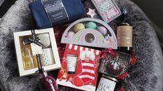 Chic Geek Diary: Christmas Gift Ideas For Grown Ups Anti Redness, Gin Lovers, Moisturize Hair, Travel Kits, Stocking Fillers, Hello Gorgeous, Shower Gel, Louis Vuitton Monogram, Louis Vuitton