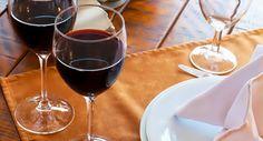 El tinto lidera el consumo de vino en los hogares españoles https://www.vinetur.com/2014121117681/el-tinto-lidera-el-consumo-de-vino-en-los-hogares-espanoles.html