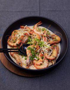Quelques mets aphrodisiaques pour un dîner aux chandelles ? Des     huîtres poêlées à la pancetta,     un consommé au gingembre et aux lettres de son nom,...