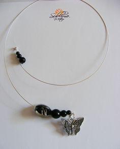 Sublime Metier: Colier Circular cu Fluture