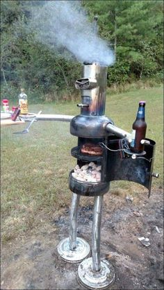 Good Pics Backyard Fire Pit bbq Popular The majority of modern day homeowners are searching for over a traditional solid wood deck with a bbq inside t. Pit Bbq, Backyard Bbq Pit, Backyard Smokers, Welding Art Projects, Metal Art Projects, Diy Projects, Welding Crafts, Welding Tools, Welding Goggles