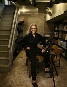 Annie Leibovitz - Her style of photography is some of the best I have seen.  She definitely set a new standard.
