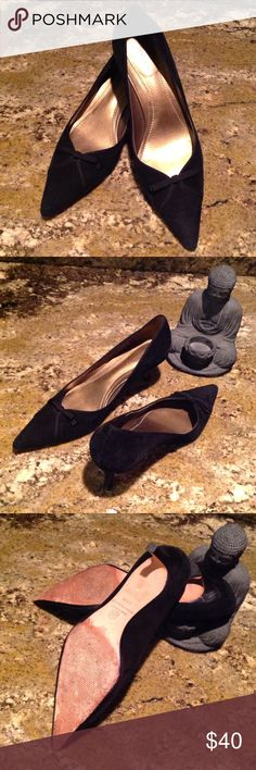 Ann Taylor kitten pumps Suede with bow, about 2 1/2 inches, leather soles. Good condition Ann Taylor Shoes Heels