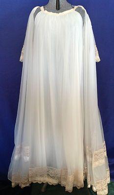 FOR SALE !!   e-mail me at sjcintn@gmail.com .  Vtg 60s Nightgown Robe Miss Elaine Sz L White Nylon Lace Negligee Peignoir.#114