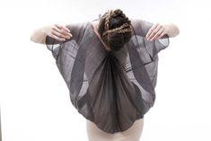 natural fabric - Marie Labarelle - horsehair & silk - Etoffe tissée en France par Zoé Montagu: crin de cheval gris et soie (fibres naturelles non teintes).