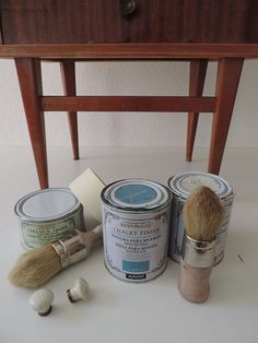 House Furniture Design, Paint Furniture, Home Decor Furniture, Interior Design Living Room, Diy Home Decor, Pintura Patina, Chalky Paint, Furniture Painting Techniques, Chalk Paint Projects