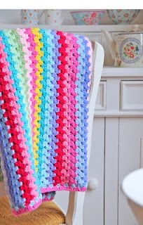Spring flowers blanket.... So bright and crisp!! <3