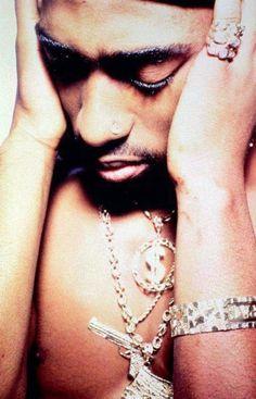 Tupac the rap god Georgia, Hip Hop Instrumental, Best Rapper, Tupac Shakur, American Rappers, Hip Hop Rap, Thug Life, Music Love, Artists
