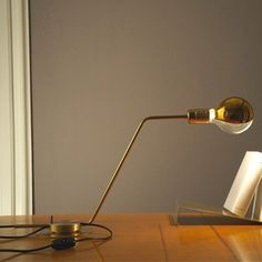 Restart Table Lamp Bordlampe - til skrivebord?