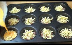 cheese and eggs in a muffin pan, creates a delicious recipe full of flavor. - The One Pot Chef shows how to make a delicious omelet that is easy enough for anyone to do. Can use any ingredients Best Breakfast Casserole, Breakfast And Brunch, Breakfast Recipes, Omelette Muffins, Baked Omelette, Egg Muffins, Mini Quiche Sans Pate, One Pot Chef, Chef Shows