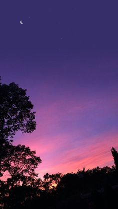 segala gambar adalah milik ownereditor bukan milik author Feel f Sky Aesthetic, Purple Aesthetic, Pretty Sky, Beautiful Sunset, Sunset Wallpaper, Purple Sky, Sky View, Sunset Sky, Aesthetic Pictures