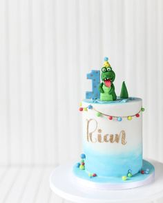 birthday cake with name and photo 878 best cake decorating 1s amp 2s boys images shark 1791