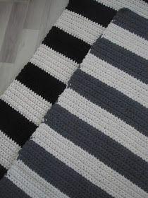 Thelma`s: Virkatut matot Diy Kilim, Crochet Home, Knit Crochet, Handicraft, Crochet Projects, Arts And Crafts, Knitting, Handmade, Crocheting