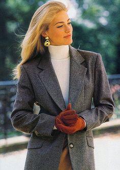 """"""" Victoria's Secret 1992 Model: Elaine Irwin """" Look Fashion, 90s Fashion, Retro Fashion, Autumn Fashion, Vintage Fashion, Fashion Outfits, Tennis Fashion, Fashion Clothes, Fashion Women"""