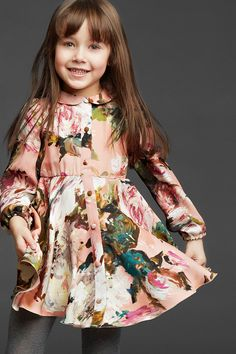 Ideas For Fashion Kids Dress Dolce & Gabbana Fashion Kids, Little Girl Fashion, Little Girl Dresses, Toddler Fashion, Girls Dresses, Girls Frocks, Fashion Spring, Fashion Fashion, Kids Collection