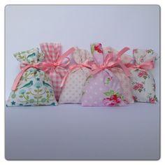 SAQ000 _ saquinhos de cheiro (9cmx10cm) _ cada _ cheirinho à escolha: alfazema ou bebé _ ♥ 3,00   www.atelierdatufi.com | info@atelierdatufi.com