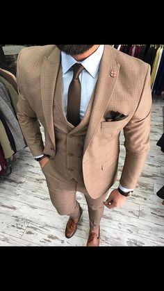 Guys Formal Style - 19 Best Formal Outfit Ideas for Men Mens Fashion Suits, Mens Suits, Tan Suit Men, Beige Suits For Men, Tan Groomsmen Suits, Dapper Suits, Mode Man, Brown Suits, Brown Tie