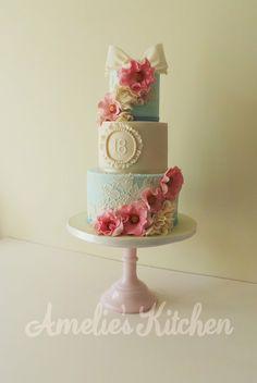 Vintage style 18th birthday cake - by Helen Ward @ CakesDecor.com - cake decorating website