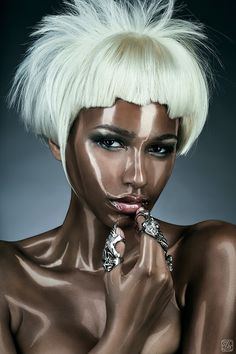 At first I thought she was actually shining. Then idealised that this was the work of a contouring GENIUS.