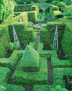 Maze Love Garden, Green Garden, Green Architecture, Landscape Architecture, Amazing Gardens, Beautiful Gardens, Boxwood Garden, Formal Gardens, Contemporary Garden