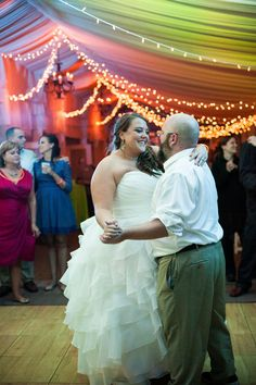 Silver Swan Bayside Wedding Blog — Wedding Savvy Inc. Bride and Groom first dance
