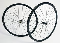 Aero Light Disc Road Wheelset  |  1449g  |  28Deep 22Wide