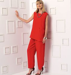 New from Marcy Tilton for Vogue Patterns: Loose-fitting, pullover tunic has seam detail and front inseam pocket; tapered pants (loose-fitting through hips) have elasticized waist, yoke, pockets, and front extending to side-back, no side seams. V9193 sewing pattern.