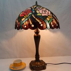 Rose Tiffany Lamp 16S0-111T246