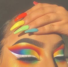 Rainbow make up 🌈🖤 Makeup Eye Looks, Eye Makeup Art, Crazy Makeup, Cute Makeup, Gorgeous Makeup, Pretty Makeup, Skin Makeup, Makeup Inspo, Eyeshadow Makeup