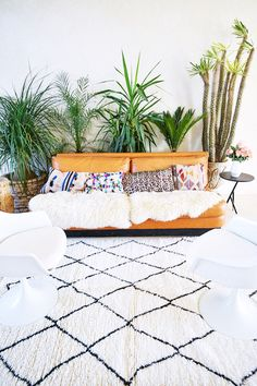 moroccan rug giveaway from Interior Exterior, Home Interior Design, Interior Inspiration, Room Inspiration, Chula, Urban, Cozy House, Decoration, Living Spaces