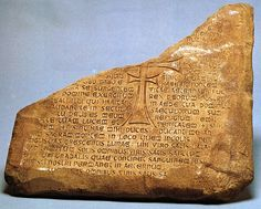 Holy Grail tablet from Indiana Jones and the Last Crusade. Could the makers be shards of found tablets? Ancient Mysteries, Ancient Ruins, Ancient Artifacts, Indiana Jones Room, Indiana Jones Films, Latin Text, The Catacombs, Harrison Ford, Movie Props