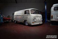 69 early bay panelvan