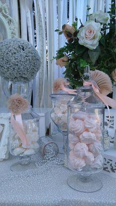 Wedding Designs, Wedding Ideas, Wedding Decorations, Table Decorations, Candy Bars, Glass Vase, Marriage, Gardening, Weddings